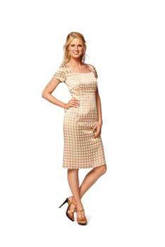 Описание: выкройки платьев известных брендов.